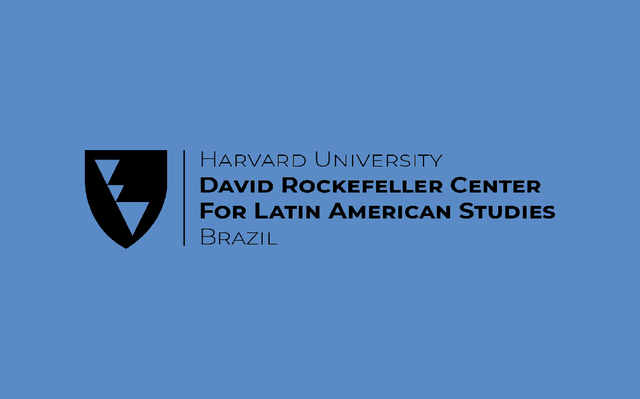 Logo do DRCLAS-Harvard sobre fundo azul.